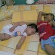 遊び疲れた二人